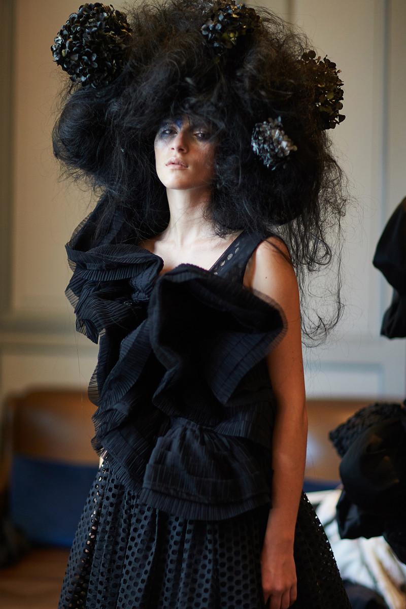 backstage Bowie Wong Haute Couture Paris Fashion week